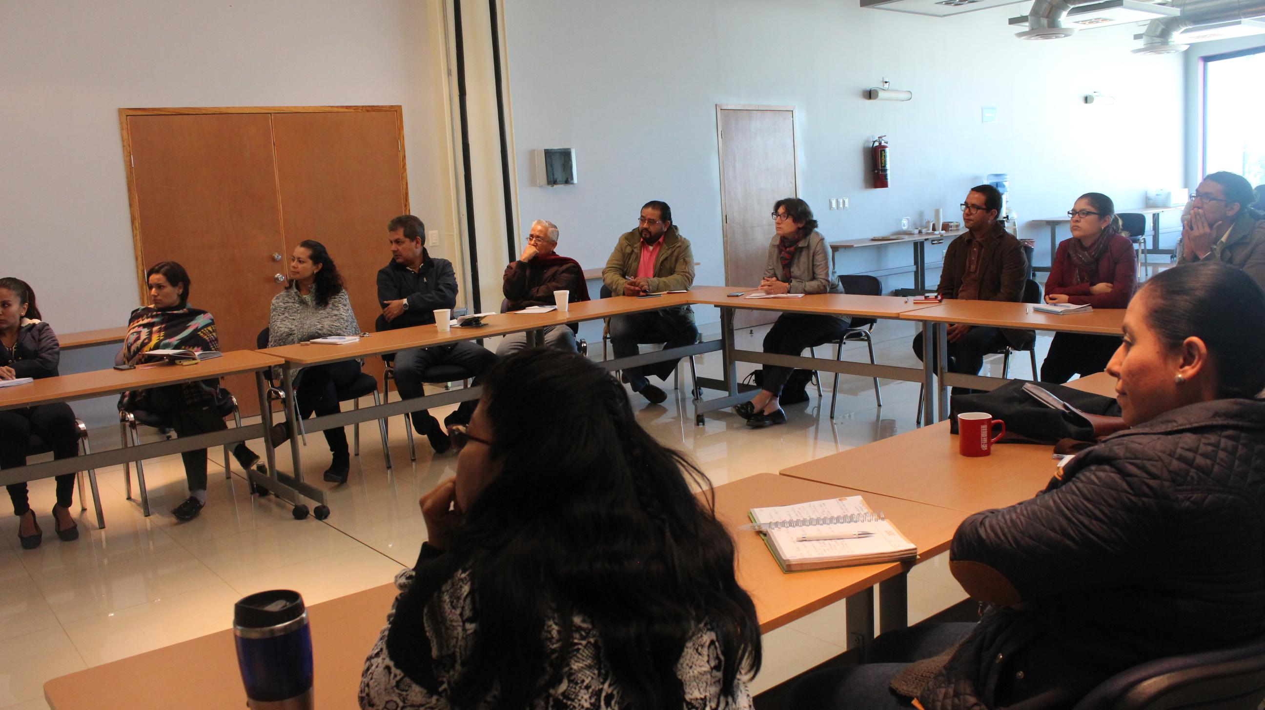 A la reunión asistieron coordinadores de área y de carrera del CULagos