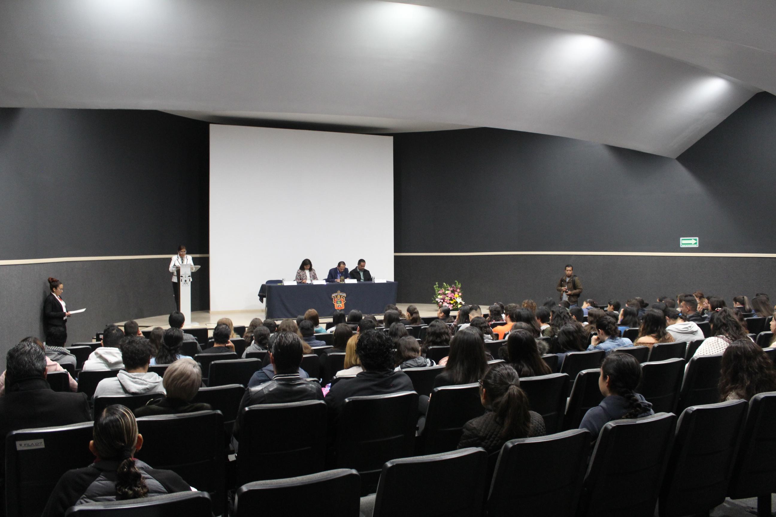 Los asistentes al acto inaugural se reunieron en el Auditorio Dr. Horacio Padilla Muñoz