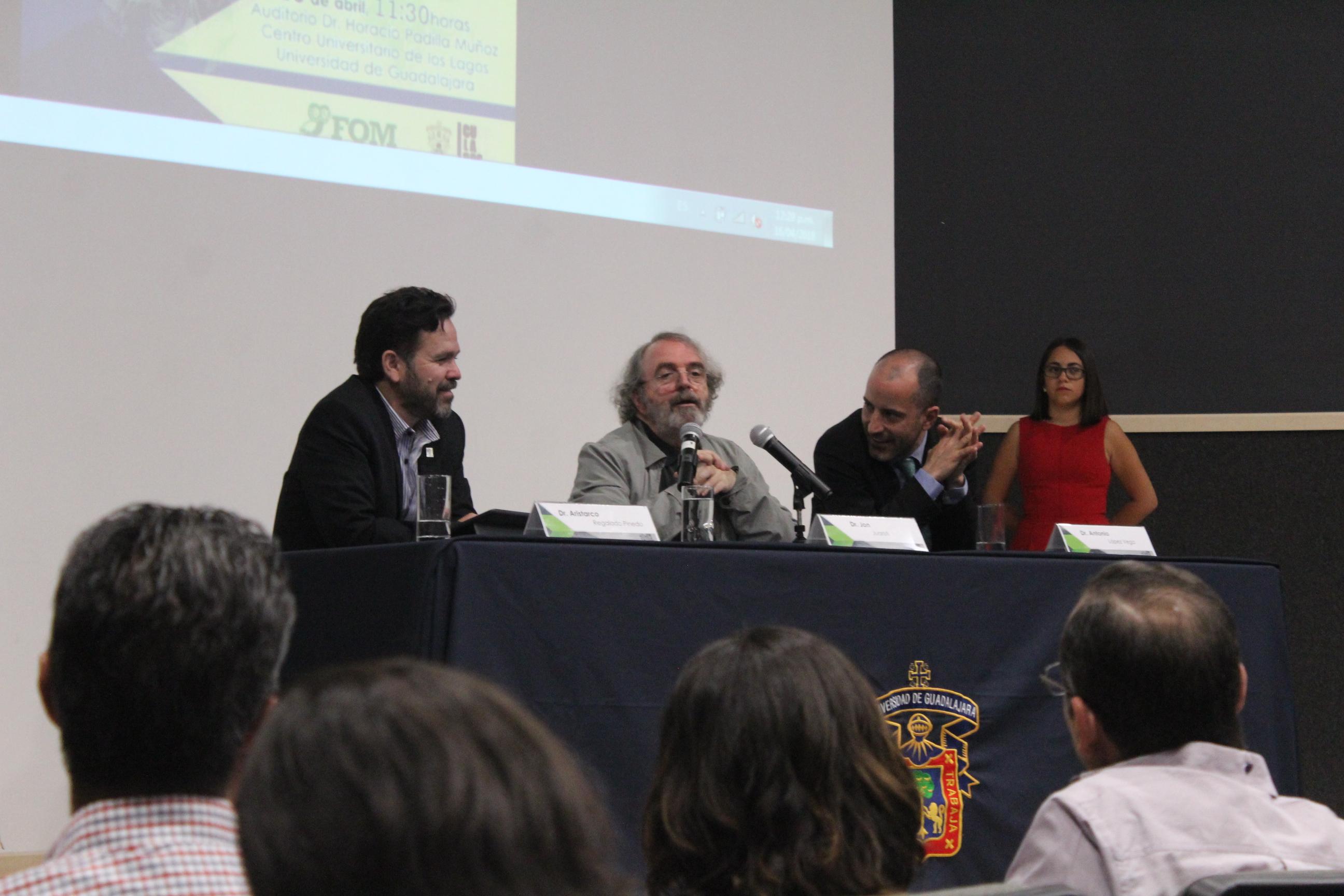 El doctor Jon Juaristi inauguró la cátedra Gregorio Marañón en el CULagos.