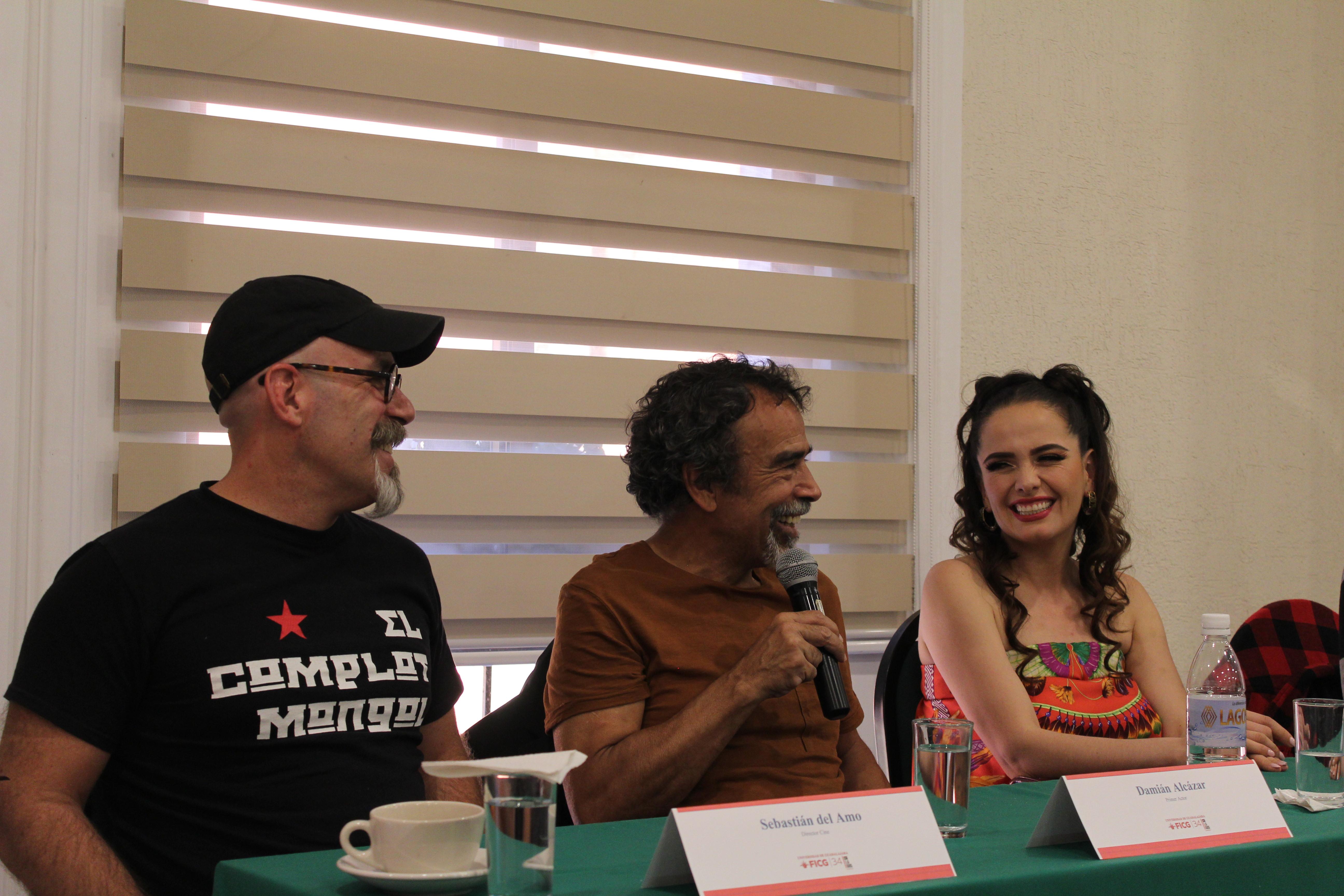De izquierda a derecha: Sebastián del Amo, Damián Alcázar y Helena Díaz
