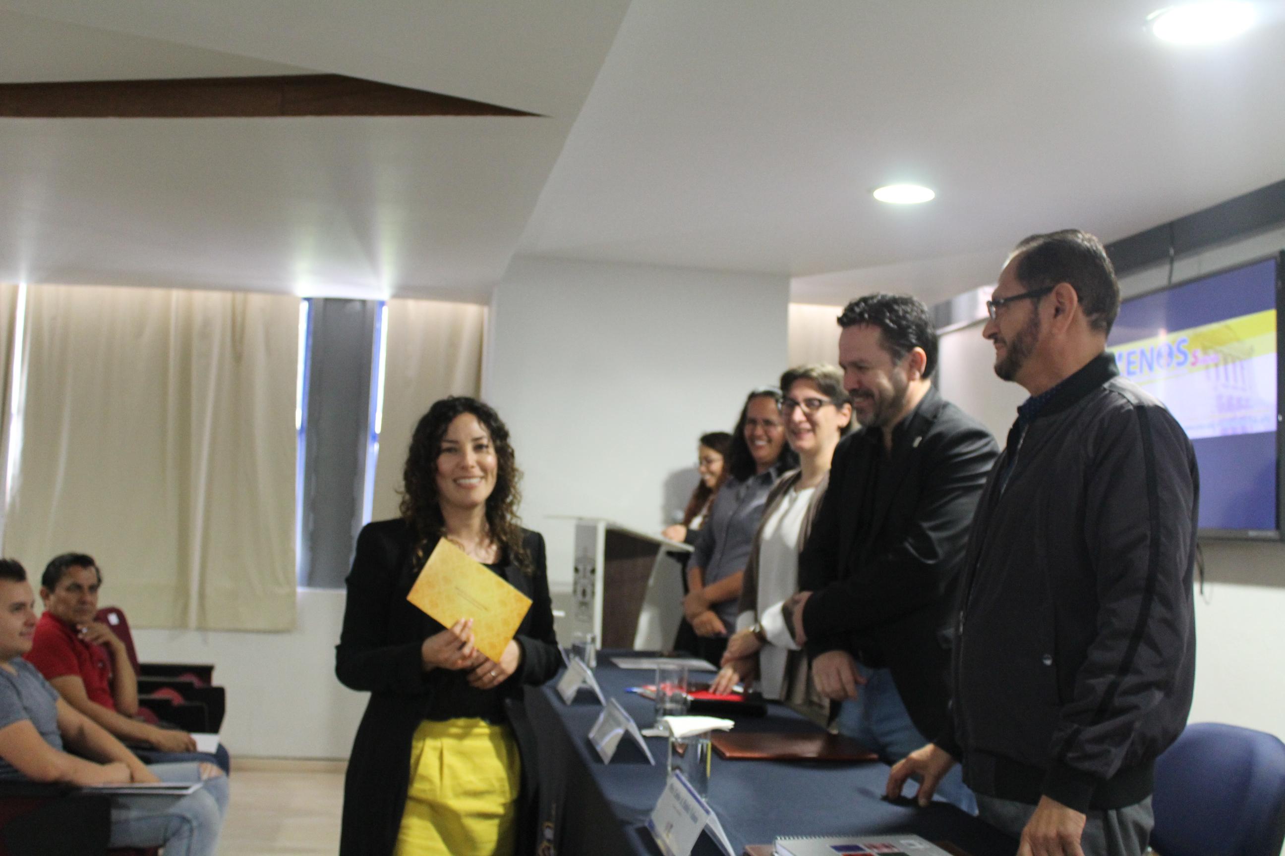 Ana María Flores Muñiz fue la ganadora del premio en CULagos