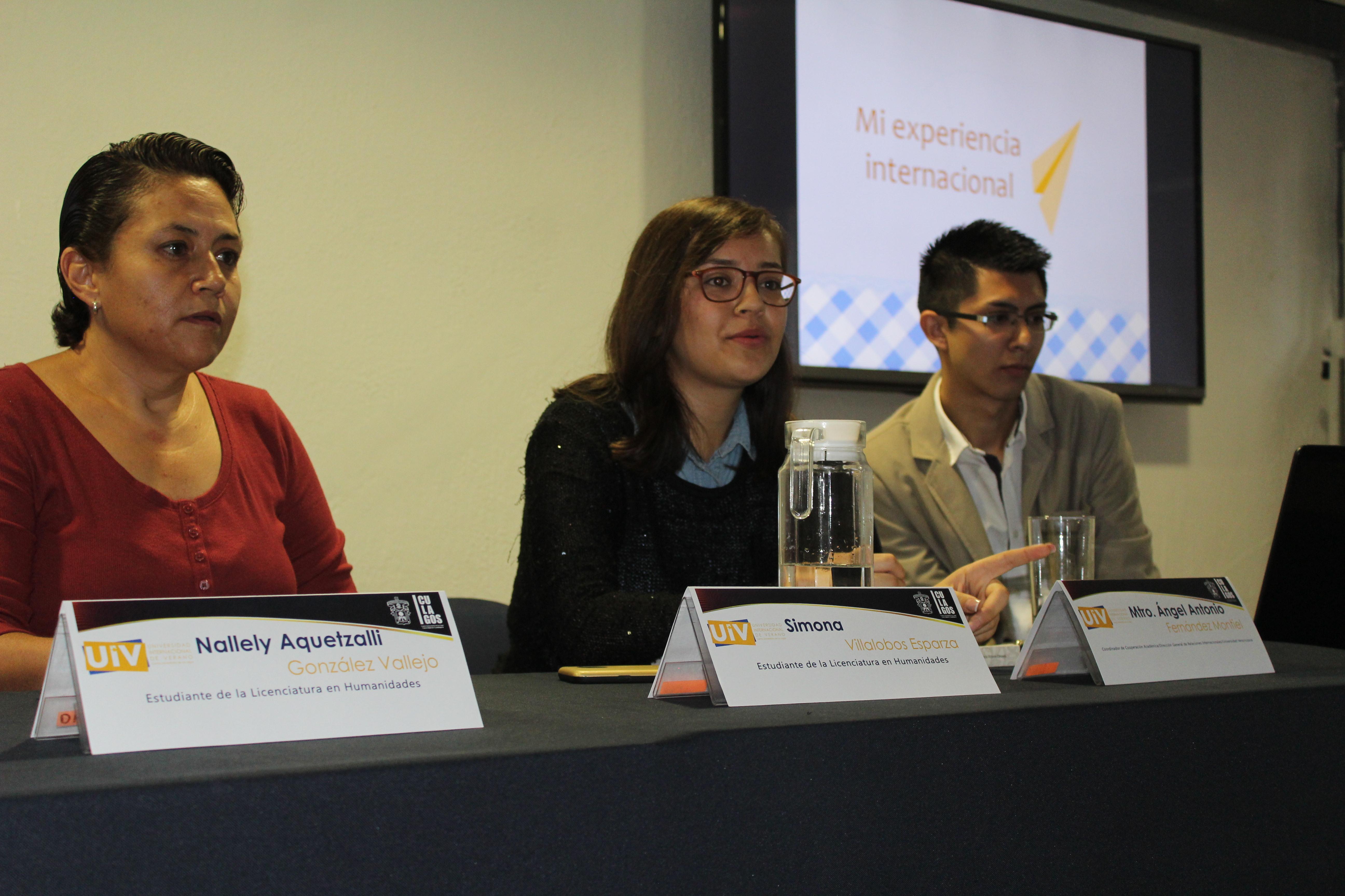 De izquierda a derecha: Simona Villalobos, Aquetzalli González y Carlos Arreola